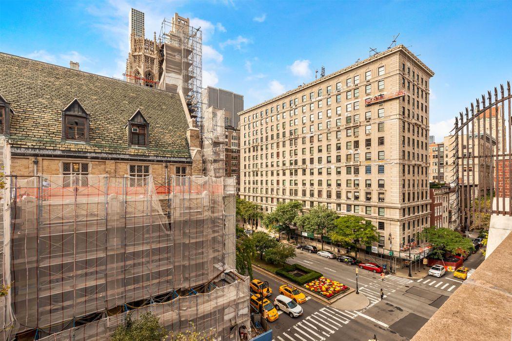 105 East 64th Street New York, NY 10065