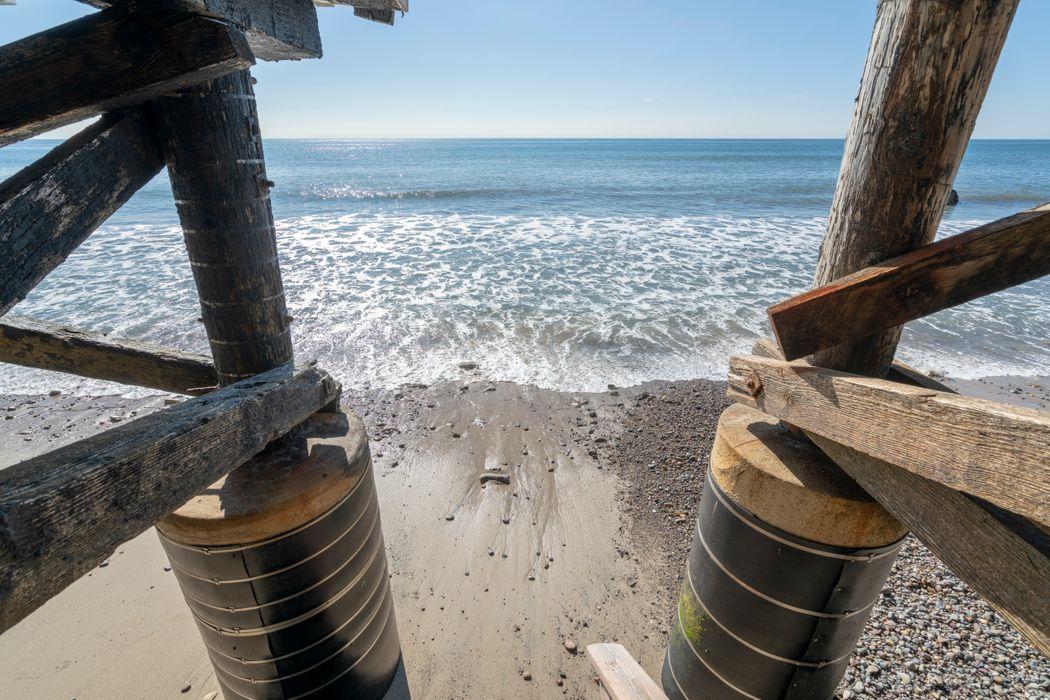 19046 Pacific Coast Highway Malibu, CA 90265