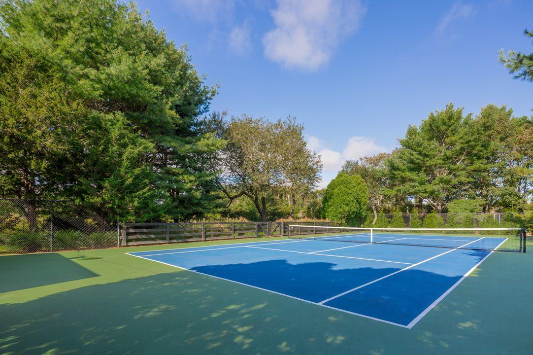 Bridgehampton Village with Pool & Tennis Bridgehampton, NY 11932