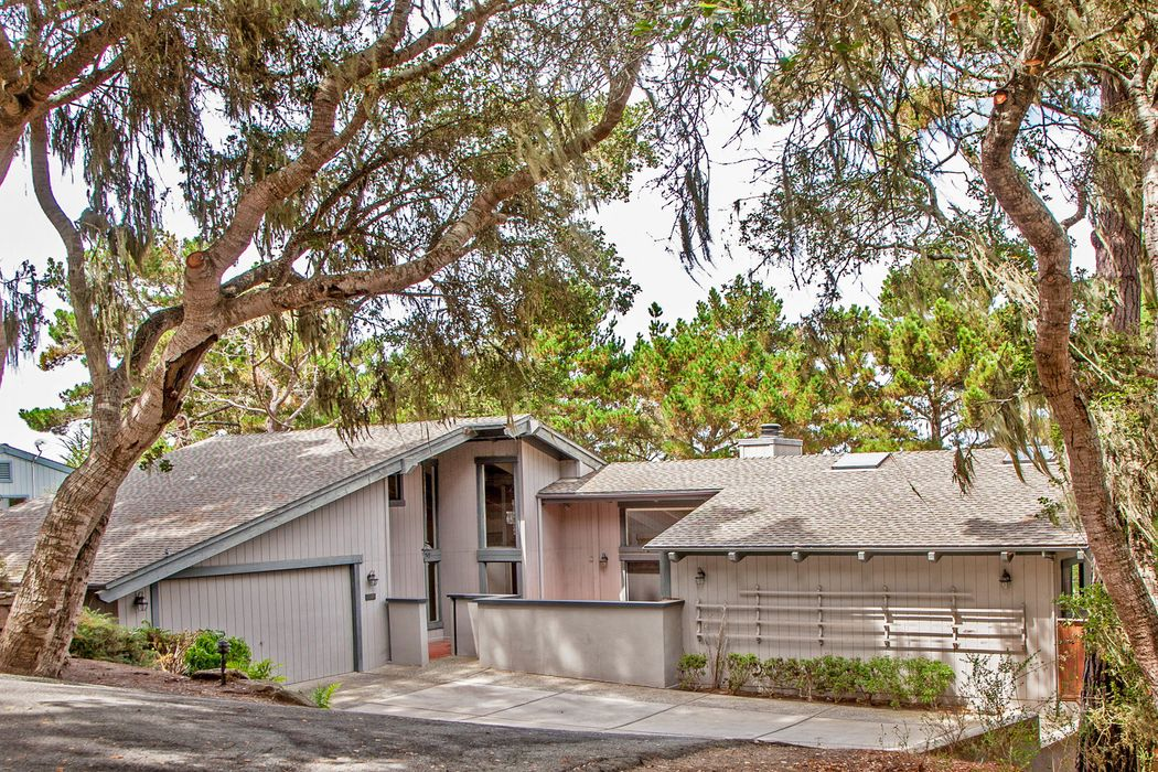 Pebble Beach 5 Bed Home