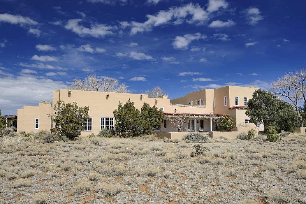 140 Leaping Powder Road Santa Fe, NM 87508