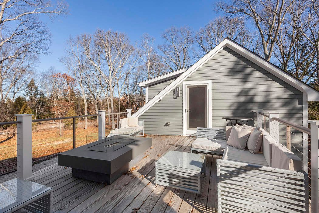 Immediate Access to the Peconic Sag Harbor, NY 11963