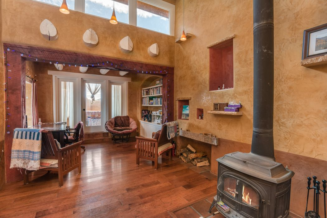 41 Canada Village Road (A) Santa Fe, NM 87505