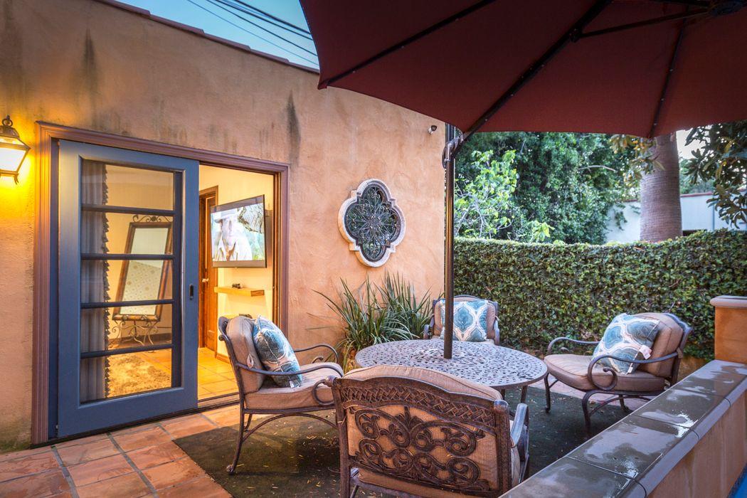 2288 East Orange Grove Boulevard Pasadena, CA 91104