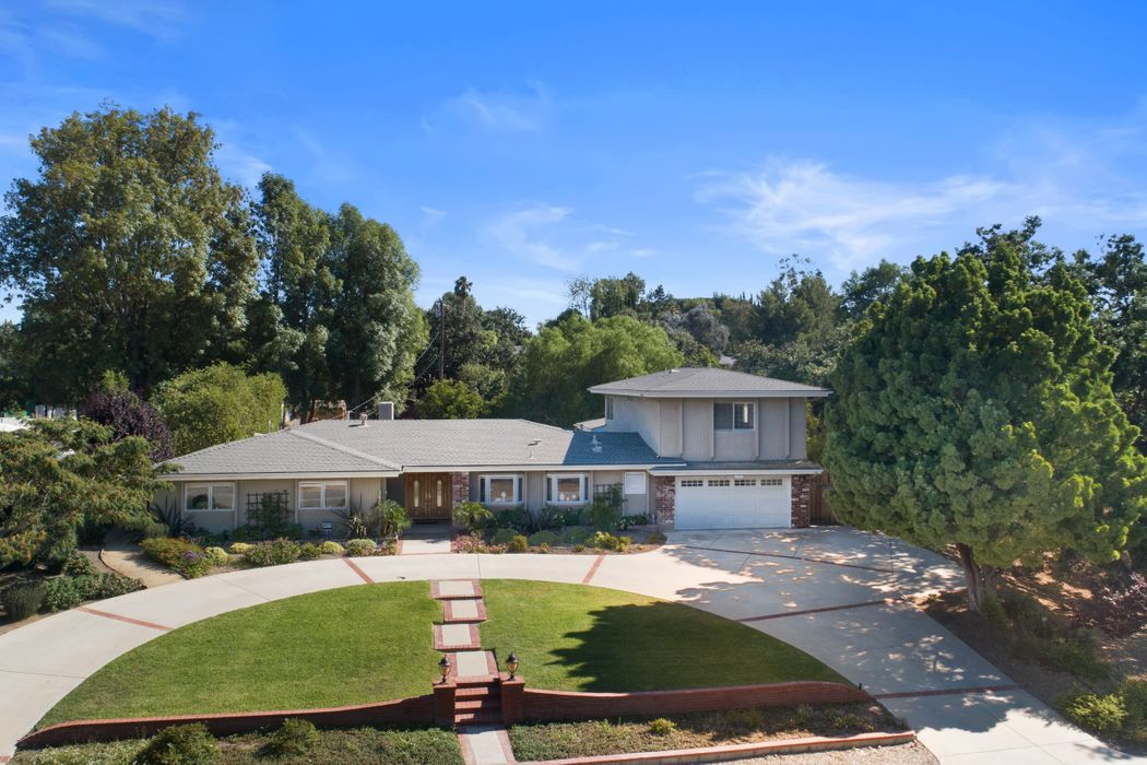 1566 La Granada Drive Thousand Oaks, CA 91362