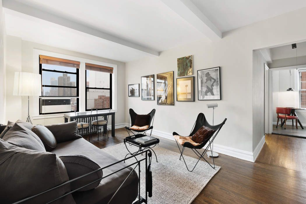 457 West 57th Street, Apt. 1102