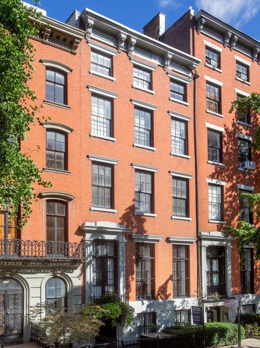 127 East 10th Street New York, NY 10003