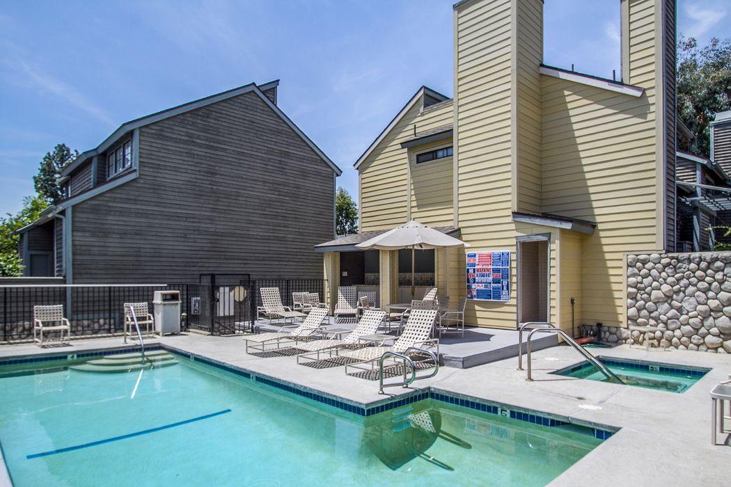 249 Alpine Street Pasadena, CA 91106