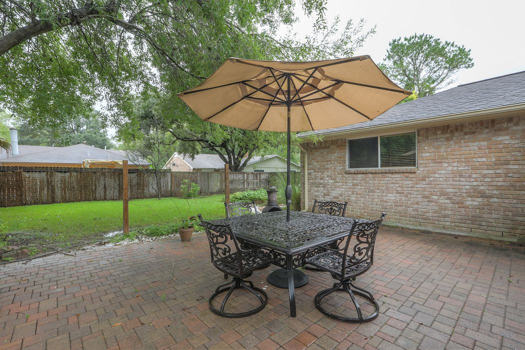 16003 Fathom Lane Houston, TX 77062