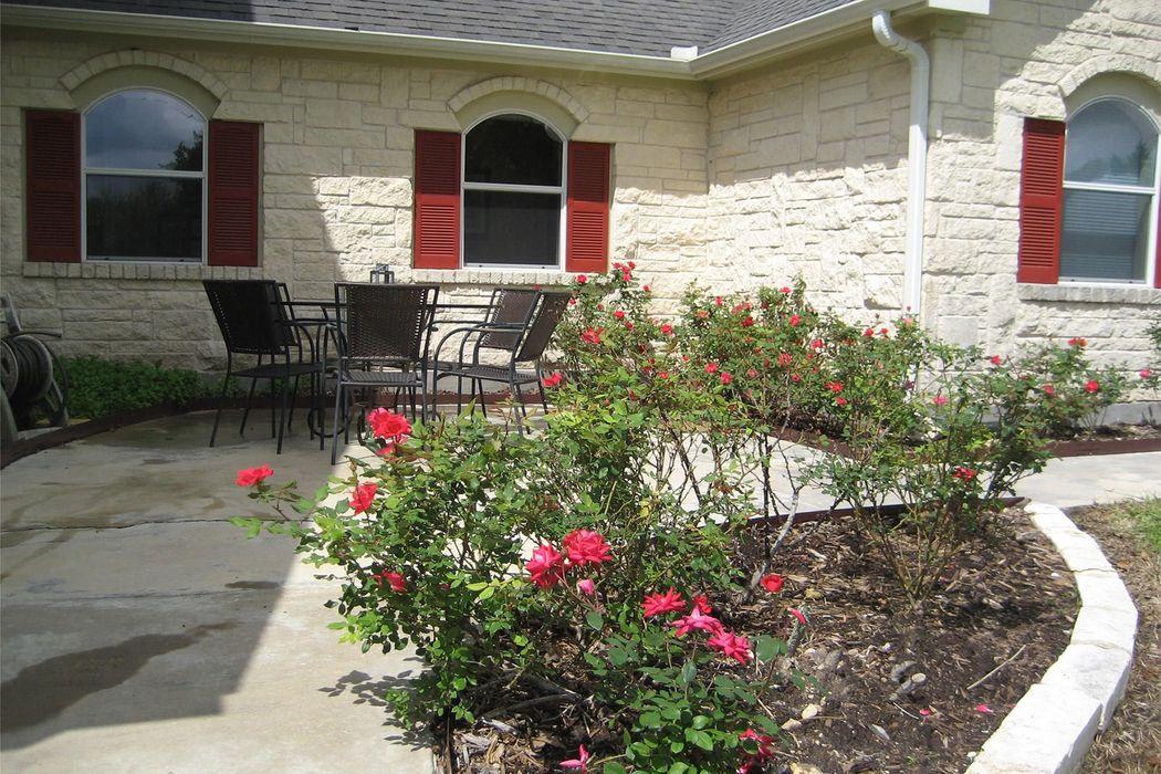 3656 Guenther Road La Grange, TX 78945