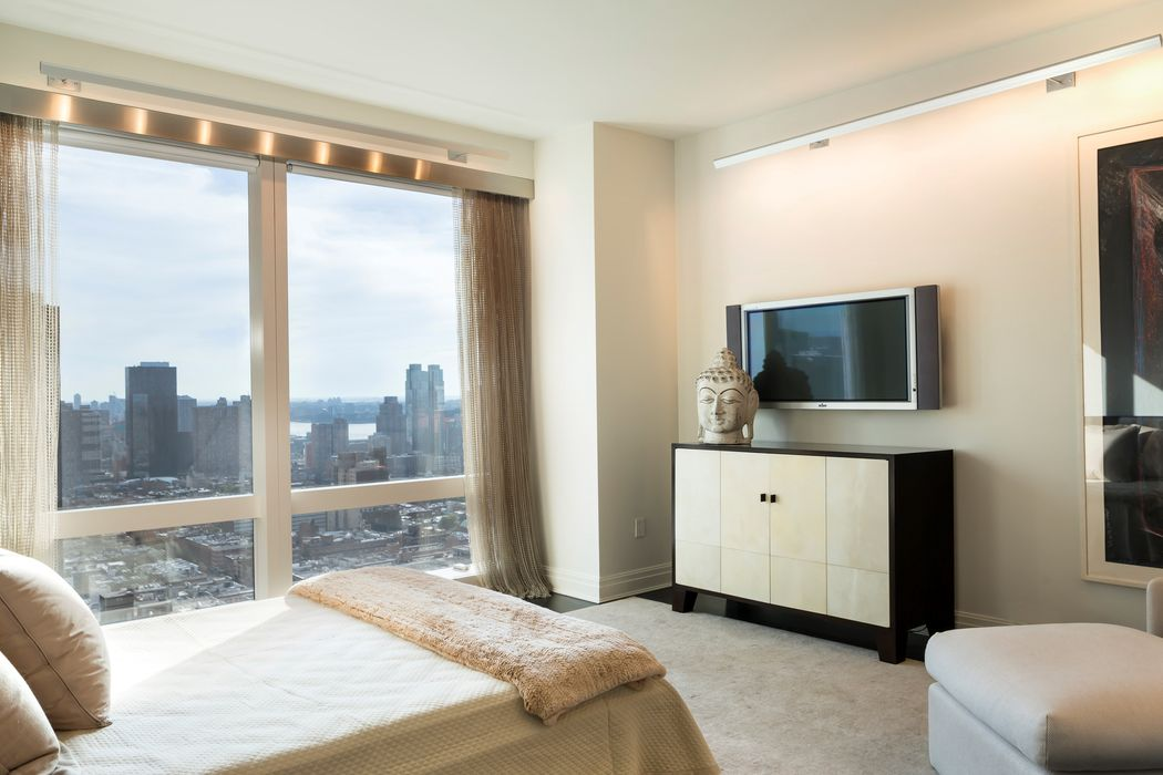 25 columbus circle 56d new york ny 10019 sotheby 39 s for 10 columbus circle 4th floor new york ny 10019