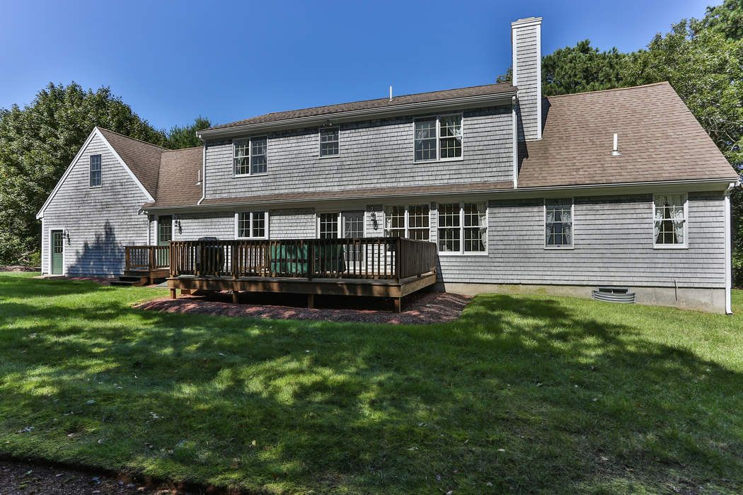 44 Osterville-West Barnstable Road Osterville, MA 02655