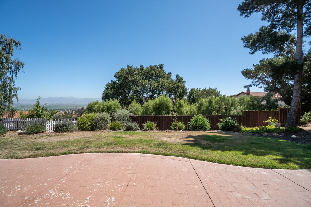 22645 Oak Canyon Salinas, CA 94908