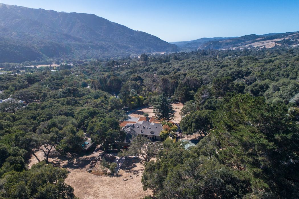 21 La Rancheria Carmel Valley, CA 93924