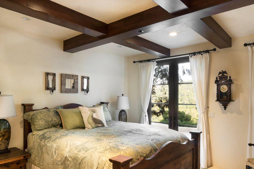 7549 Canada Vista Court Monterey, CA 93940