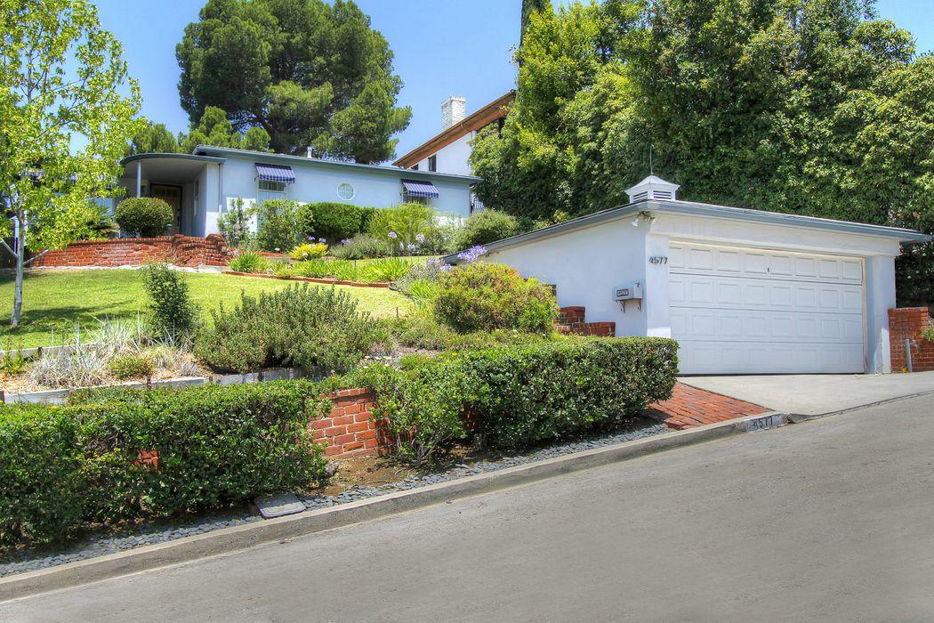 4577 Round Top Los Angeles, CA 90065