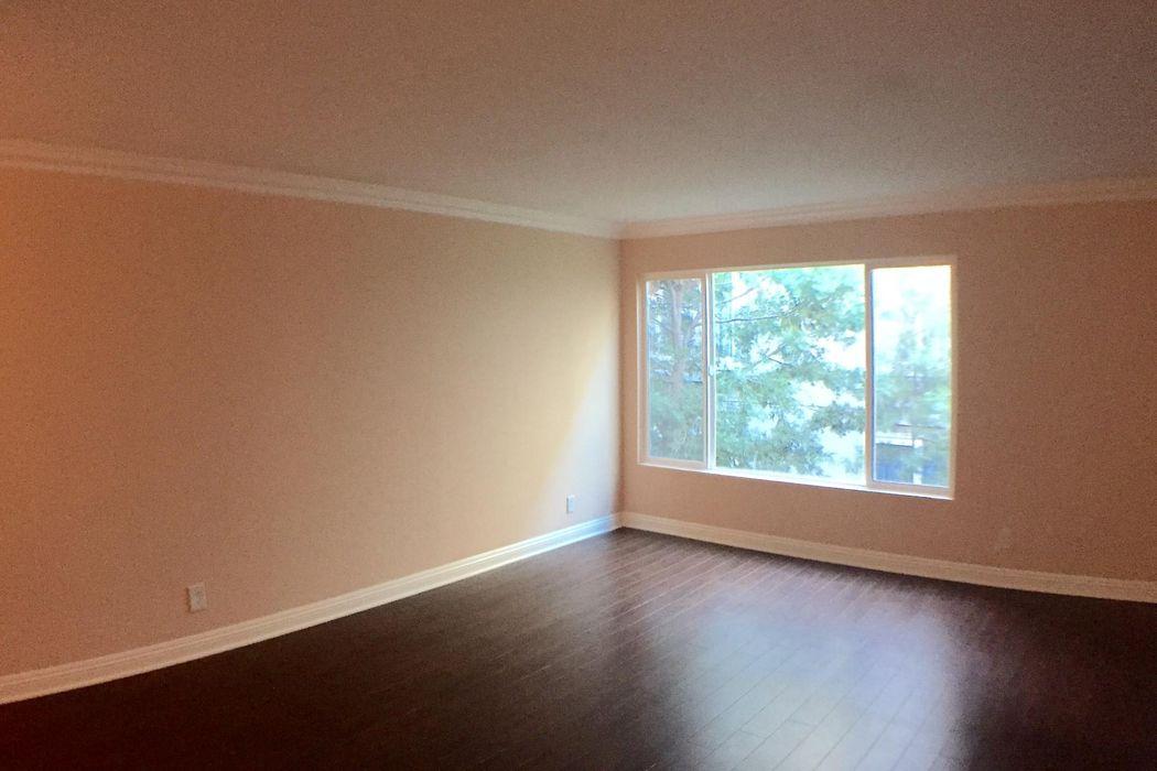 355 N Maple St Burbank, CA 91505