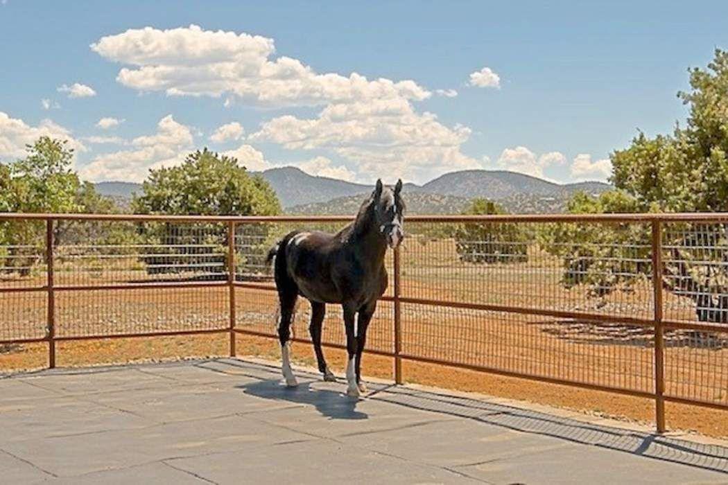 130-Leaping Powder Road Santa Fe, NM 87508