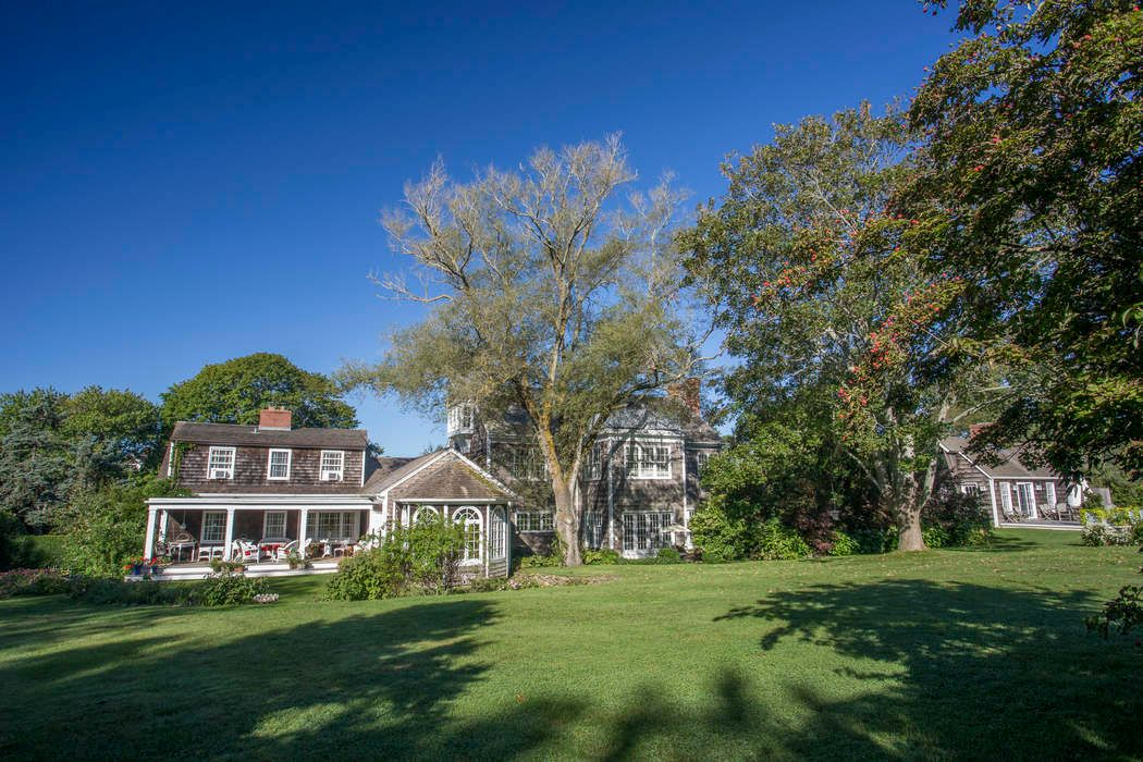 Classic Sagaponack Estate Sagaponack, NY 11962