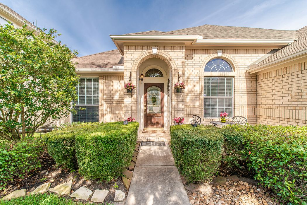 11423 Columbia Pines Lane Cypress, TX 77433