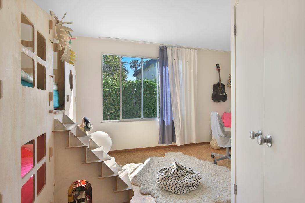 2603 Beach Avenue Venice, CA 90291