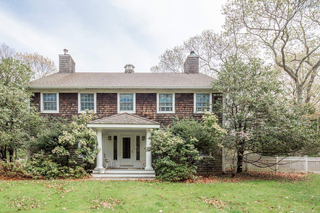 19 Briarcroft Drive East Hampton, NY 11937