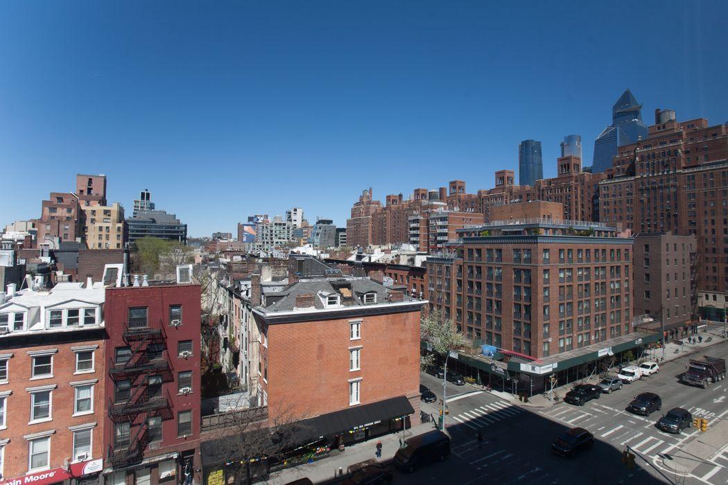 360 West 22nd Street New York, NY 10011