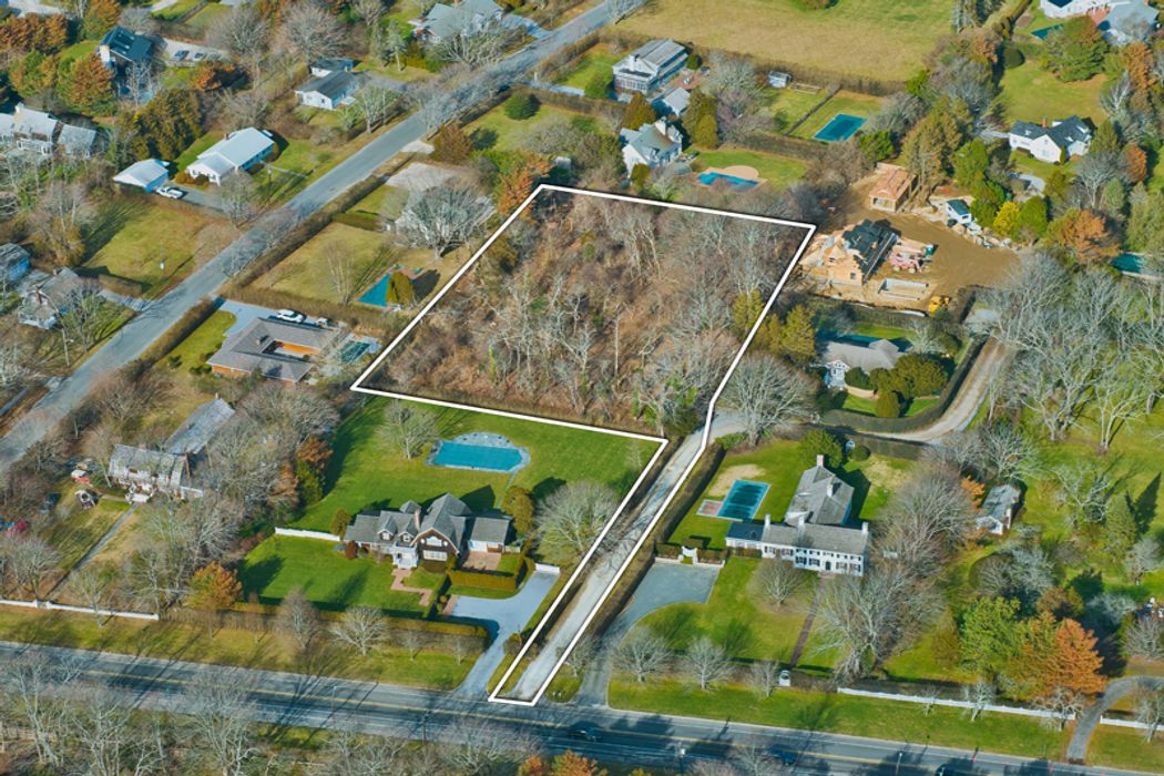 Prime Acreage in Southampton Village