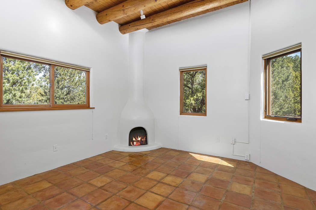 1207 Calle Luna Santa Fe, NM 87501