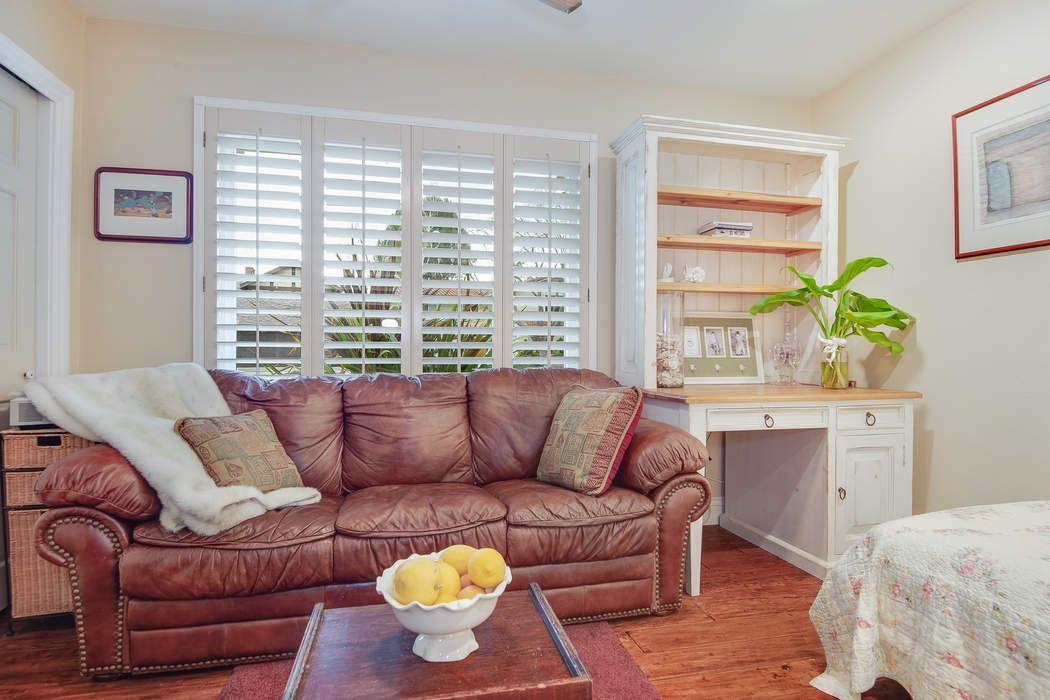 2239 Knollcrest Place Westlake Village, CA 91361