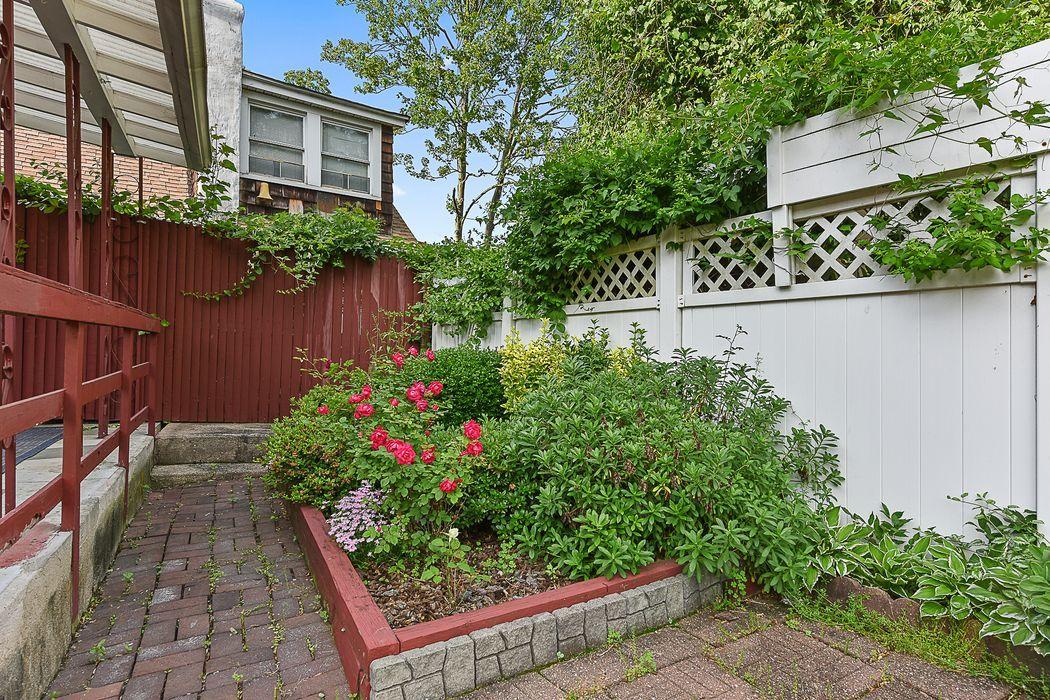 6010 Liebig Ave Riverdale, NY 10471