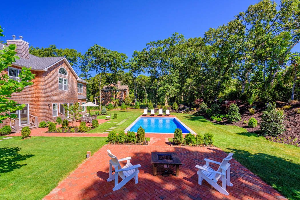 64 Sandy Hollow  Road Southampton, NY 11968