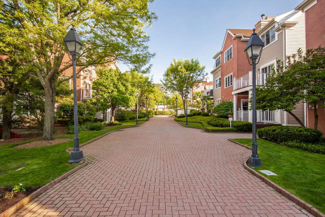 51 Forest Avenue Old Greenwich, CT 06870