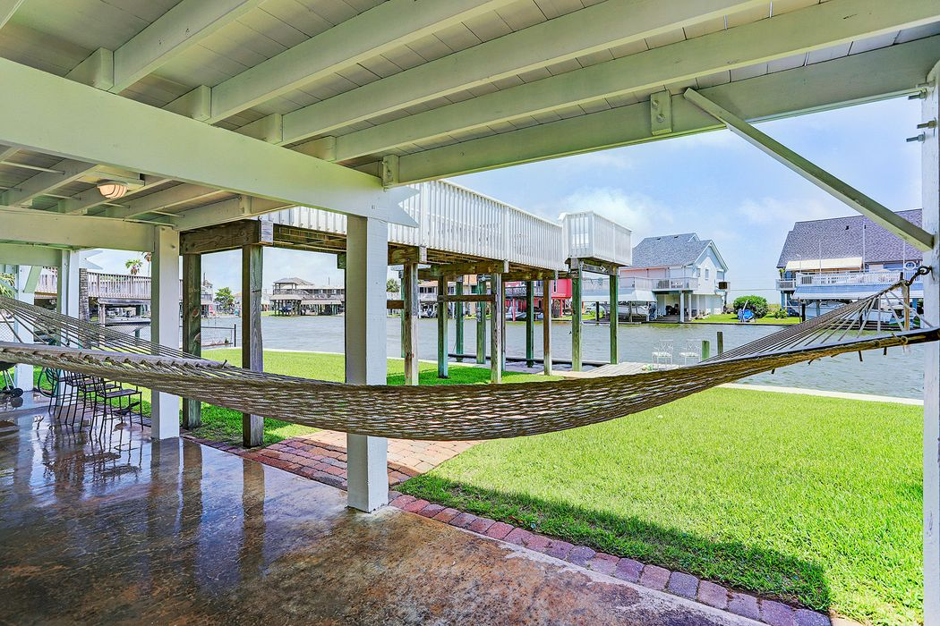 4530 Jamaica Cove Galveston, TX 77554