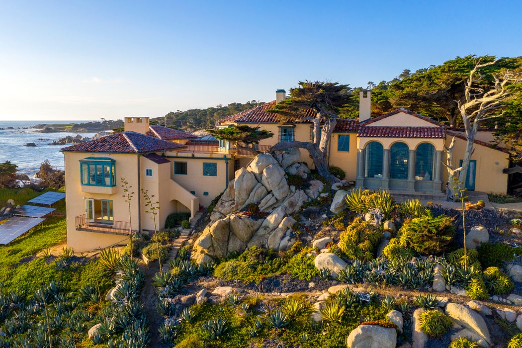 3200 17 Mile Drive Pebble Beach, CA 93953