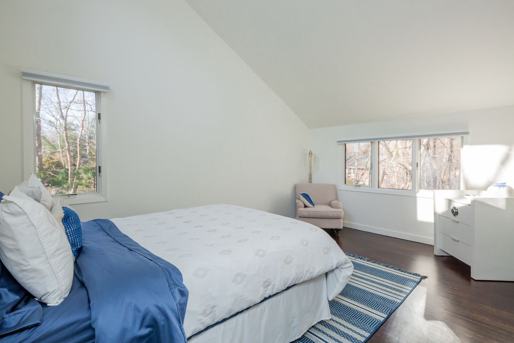 35 Gardiners Lane East Hampton, NY 11937