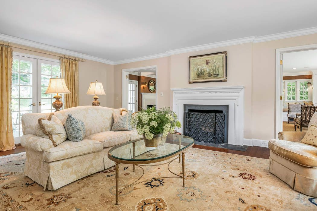 54 Woodside Drive Greenwich, CT 06830