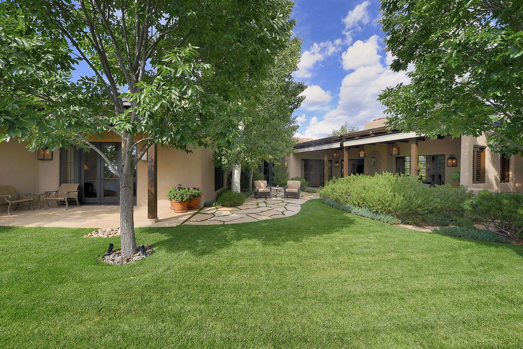 335 Brownell Howland Santa Fe, NM 87501