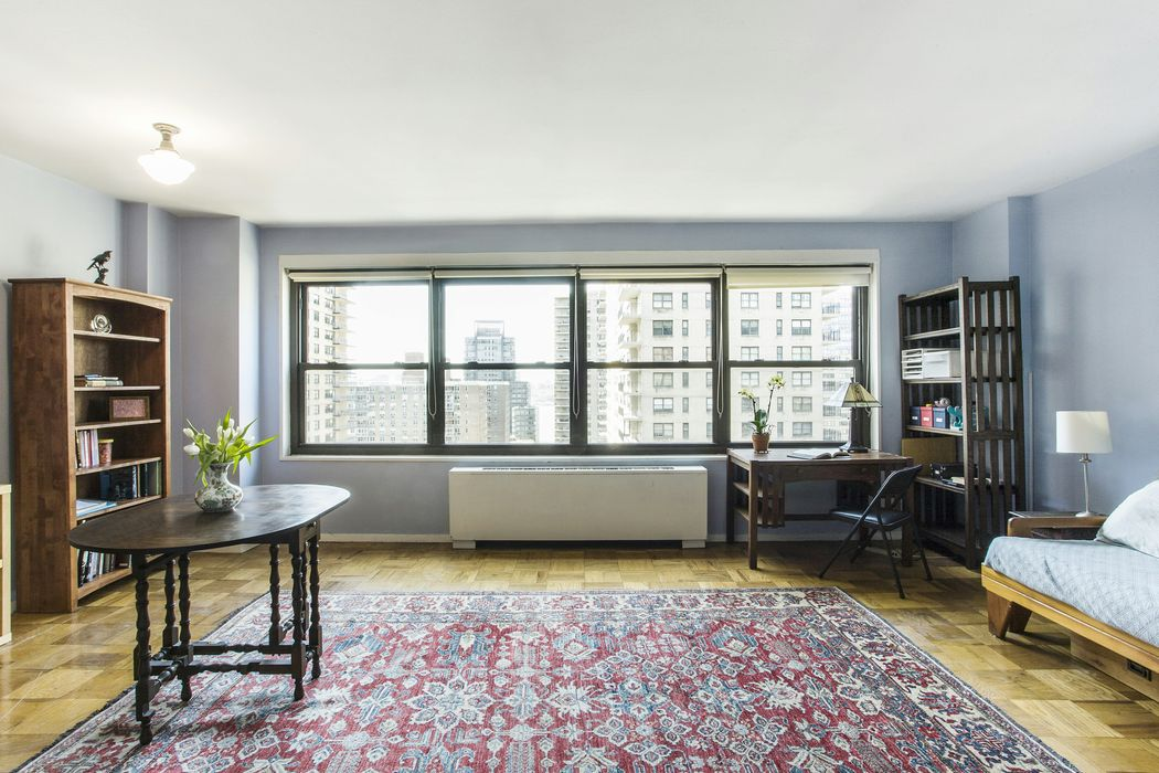 160 West End Avenue, Apt 18G