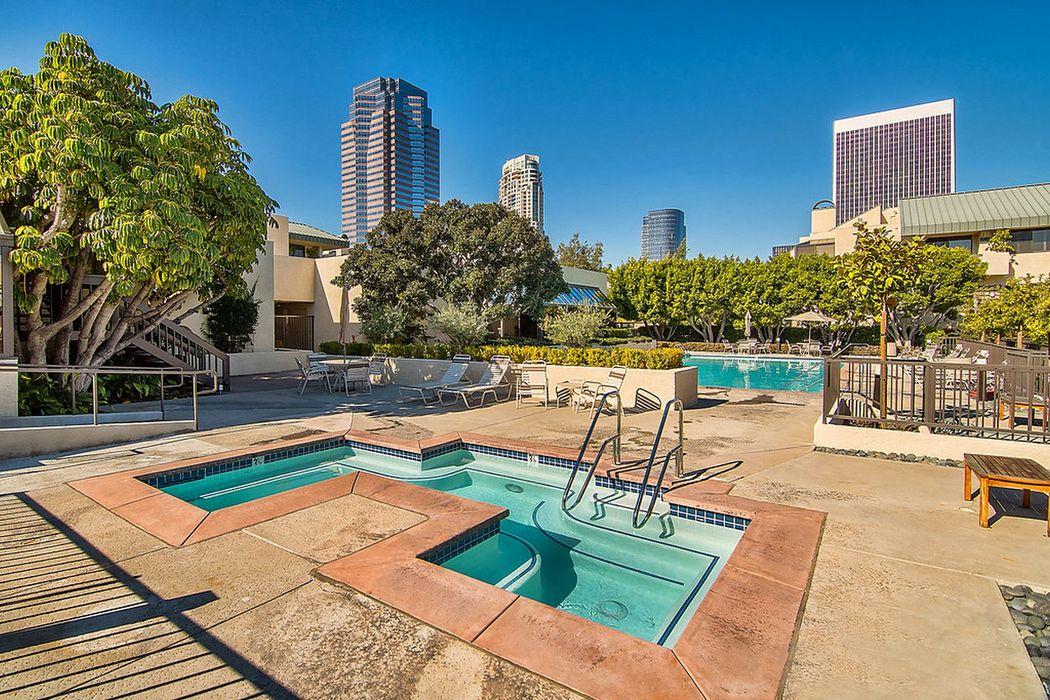 2457 Century Hill Los Angeles, CA 90067