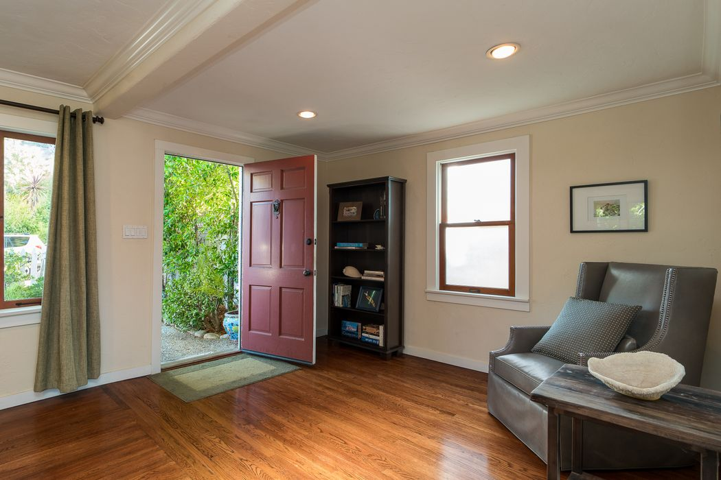 557 Terrill Avenue Los Angeles, CA 90042