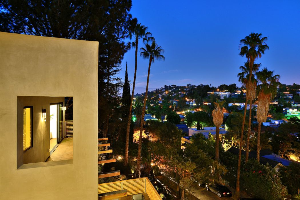 1437 Westerly Terrace Los Angeles, CA 90026