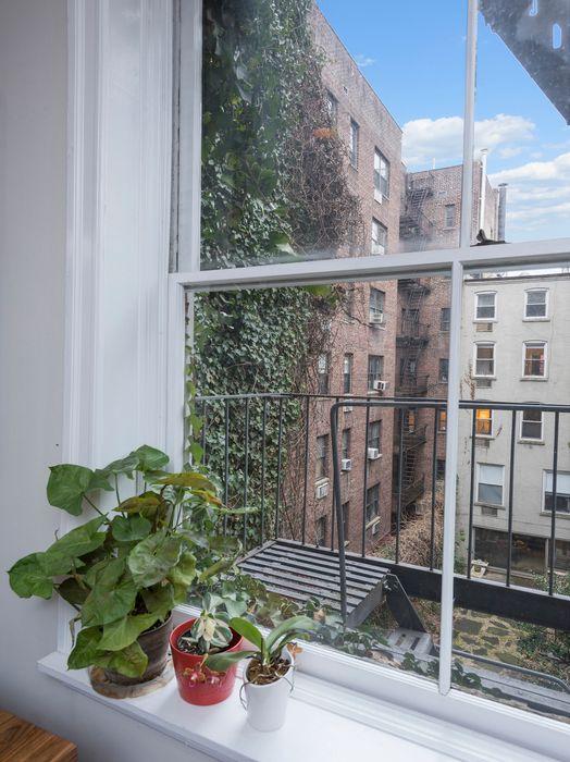 214 West 16th Street New York, NY 10011