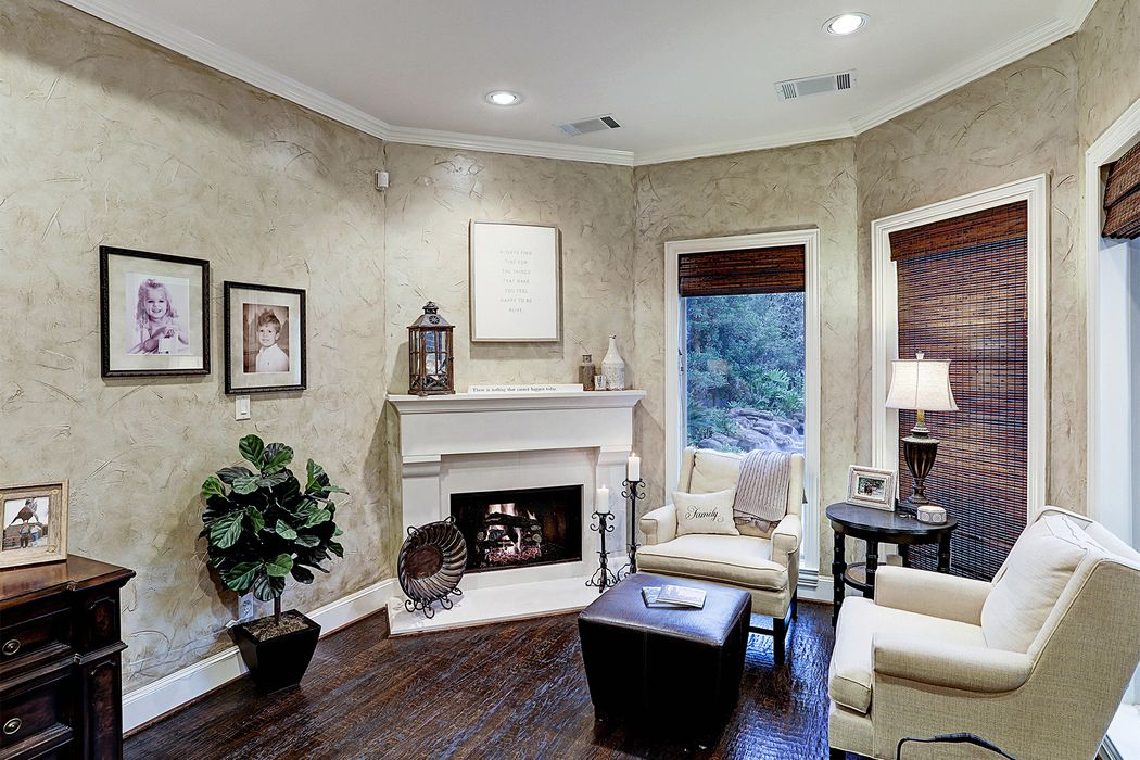 66 South Player Manor Circle The Woodlands, TX 77382