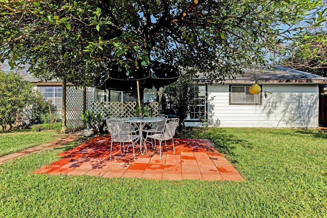 17346 Heritage Bay Drive Webster, TX 77598