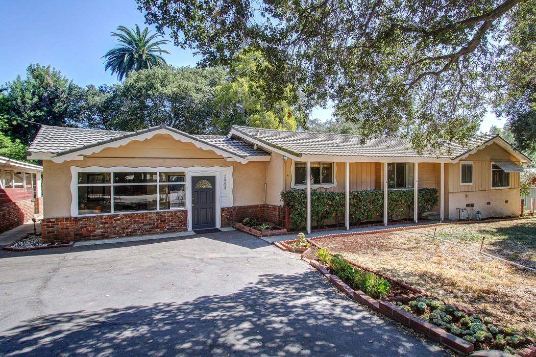 2484 Santa Anita Avenue Altadena Ca 91001 Sotheby S