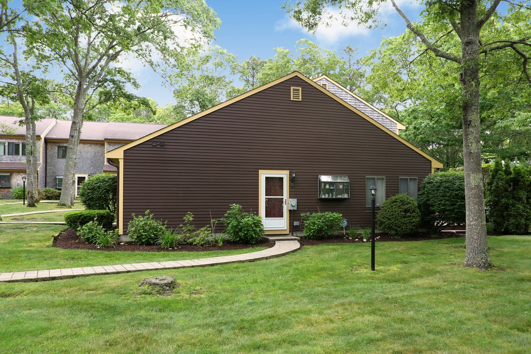 20 Roundhouse Road Bourne, MA 02532