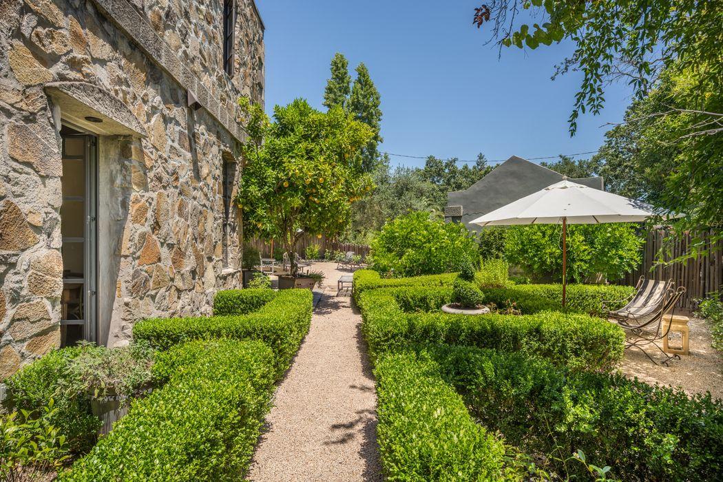 1706 Spring St Saint Helena, CA 94574