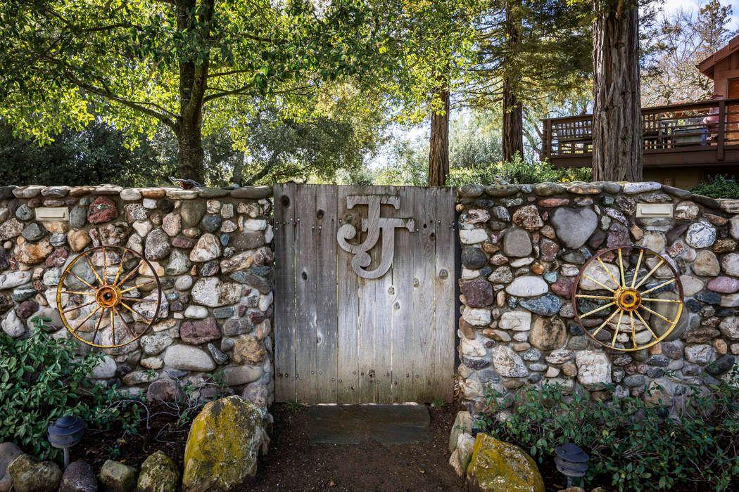 4251 Long Valley Road Santa Ynez, CA 93460
