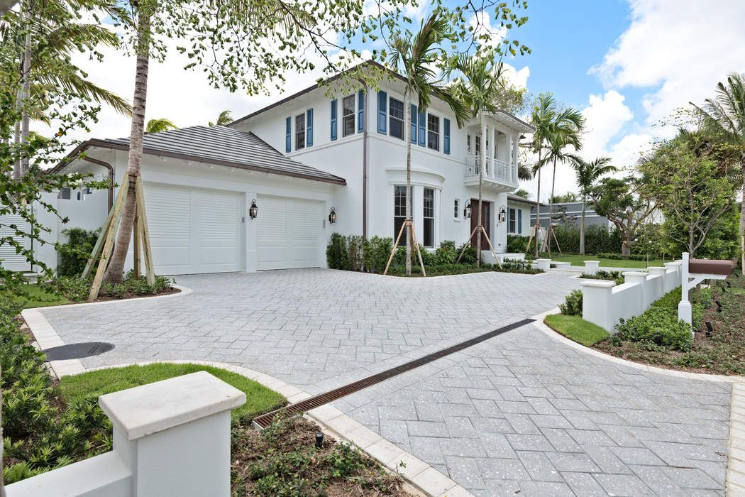 256 Fairview Rd Palm Beach, FL 33480